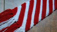 Crafts By Starlight: Christmas Scarf - Candy Cane Scarf
