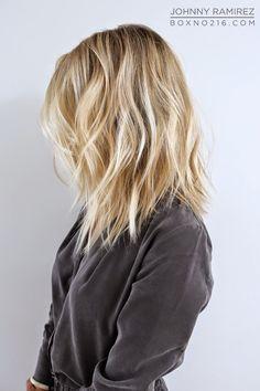 BLONDE + MOVEMENT. Hair Color by Johnny Ramirez • IG: @johnnyramirez1 • Appointment inquiries please call Ramirez|Tran Salon in Beverly Hills at 310.724.8167. #hair #besthair#beachhair #johnnyramirez#highlights#model#ramireztransalon#sunkissedhighlights #bestsalon#beauty #lahair#brunette#blonde #highlights #caramel#salon #blondehair #beachyhair#beautifulhair#ramireztran#ramireztransalon#johnnyramirez #sexyhair