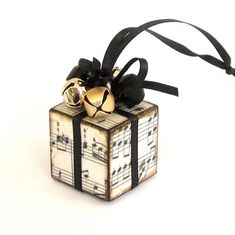 Christmas Tree Ornament Black and Gold Sheet Music by rrizzart