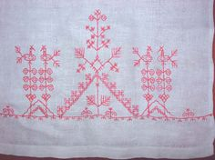 Scandinavian Embroidery, Old Symbols, Types Of Embroidery, Sewing Hacks, Blackwork, Pagan, Crafts To Make, Folk Art, Tapestry