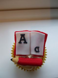 Jack In A Box 2012 - School Book Cupcake