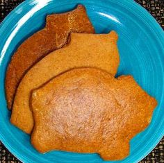 Marranitos brown sugar - Photo (c) Robin Grose Mexican Bakery, Mexican Pastries, Mexican Sweet Breads, Mexican Bread, Authentic Mexican Recipes, Great Desserts, Delicious Desserts, Mexican Dessert Recipes, Cute Snacks