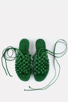 Granny Style, Louboutin, Green Suede, Black Kids, Shades Of Green, Her Style, Designer Shoes, Knots, Baby Shoes