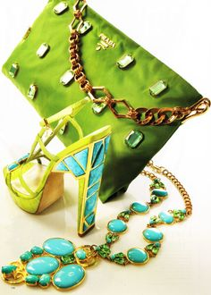 she would look lovely in an ensemble u - Prada Bags - Ideasd of Prada Bags - Prada Christian Dior & Badgley Mischka. she would look lovely in an ensemble using each of these pieces. Turquoise, Teal, Aqua, Fashion Shoes, Fashion Accessories, Color Fashion, Blue And Green, Green Bag, Glamour