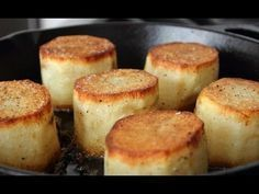 Fondant Potatoes - Crusty Potatoes Roasted with Butter and Stock Food Wishes Video Recipes: Fondant Potatoes – A Creamy Crusty Blast from the Past Potato Dishes, Potato Recipes, Fondant Potatoes, Foundant, Food Wishes, Tasty, Yummy Food, Fun Food, Yummy Yummy