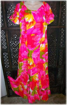e443e219943e VINTAGE 60s Paradise Hawaii MuuMuu Paneled Hemline Hawaiian Maxi Dress....loved  my