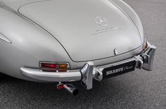 Mercedes-Benz 300 SL Gullwing - Classics - BRABUS Mercedes Benz 300, Fuel Economy, Classic Cars, Leather, Mercedes Benz Cars, Cutaway, Vintage Classic Cars