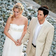 The Love Story - Celebrity Wedding: Jennifer Finnigan & Jonathan Silverman - InStyle Weddings - Celebrity - InStyle 2007