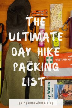 Day hike packing list | The best day hike packing list including the 10 essentials for hiking, all the optional extras and what you really need to carry with you for any day hike #packinglist #dayhike #dayhikegearlist #dayhikepackinglist #packinglistforhiking #hikinggear Packing Tips For Vacation, Packing Hacks, Packing Lists, Travel Hacks, Travel Packing, Travel Advice, Travel Ideas, Travel Inspiration, Hiking Usa
