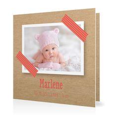 Geburtskarte Masking Tape in Koralle - Klappkarte quadratisch #Geburt #Geburtskarten #Mädchen #Foto #kreativ #vintage https://www.goldbek.de/geburt/geburtskarten/maedchen/geburtskarte-masking-tape?color=koralle&design=65467&utm_campaign=autoproducts