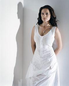Hayley Atwell - Celebrity Photo - Fashion Photography - White Eyelet Dress