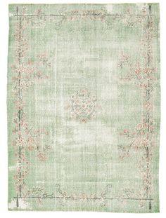 Vloerkleed van carpetvista Home Carpet, Rugs On Carpet, Romantic Homes, Magic Carpet, Vintage Paper, Home And Living, Home Accessories, Sweet Home, New Homes