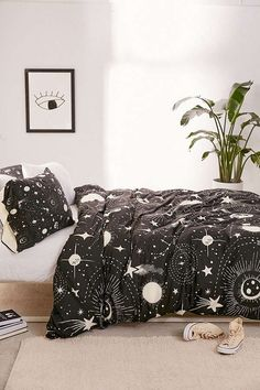 Deny Designs Heather Dutton For Deny Solar System Duvet Cover