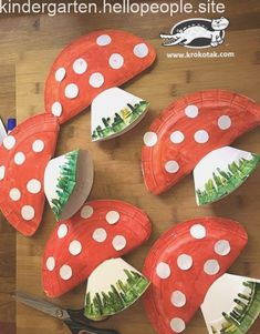 PAPER PLATE SNAIL 🐌😍 - such a fun snail craft for kids! Easy craft for preschool or kindergarten to do too! Fall Crafts For Toddlers, Easy Fall Crafts, Autumn Activities For Kids, Toddler Crafts, Craft Activities, Preschool Crafts, Diy For Kids, Kids Crafts, Diy And Crafts