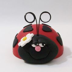 Ladybug Cake topper small size by Peggers on Etsy https://www.etsy.com/listing/179311729/ladybug-cake-topper-small-size