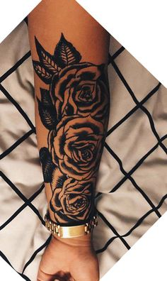 Ideas for tattoos! Badass Tattoos, Girly Tattoos, Pretty Tattoos, Beautiful Tattoos, Flower Tattoos, Forarm Tattoos, Body Art Tattoos, Hand Tattoos, Sleeve Tattoos