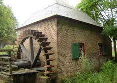 Baarlo - Limburg - NL  --  molen van Baarlo - built 1700