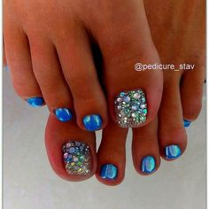 Installation of acrylic or gel nails - My Nails Pretty Toe Nails, Cute Toe Nails, Hot Nails, Fancy Nails, Glitter Toe Nails, Gel Toe Nails, Toe Nail Art, Shellac Toes, Glitter Pedicure