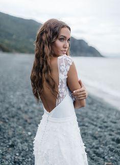 wedding dress, gowns, Rime Arodaky, wedding, inspirations Sophisticated Bride, Elegant Bride, Bride Look, Boho Bride, Wedding Dress Trends, Wedding Dresses, Parisienne Chic, Dress Stand, Rime Arodaky