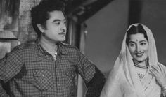 Kishore Kumar married her. Madhubala had breast cancer and she wanted to be married before leaving this world. Hollywood Actresses, Indian Actresses, Actors & Actresses, Bollywood Stars, Bollywood News, Guess The Movie, Kishore Kumar, Vintage Bollywood, Artists For Kids