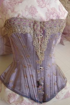 Lilac corset
