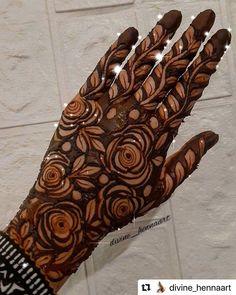 Khafif Mehndi Design, Floral Henna Designs, Henna Tattoo Designs Simple, Mehndi Designs Feet, Latest Bridal Mehndi Designs, Full Hand Mehndi Designs, Stylish Mehndi Designs, Mehndi Designs 2018, Henna Art Designs