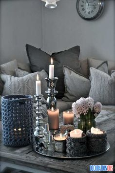Winter Decor Trend: 34 Fashionable Silver Accessories And Decorations - http://www.decorationous.com/decoration-ideas/winter-decor-trend-34-fashionable-silver-accessories-and-decorations.html