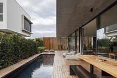 Galeria de Casa Bravos / Jobim Carlevaro Arquitetos - 7