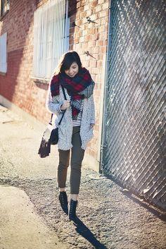 bundled up on FreshFizzle.com Hipster, Stripes, Fresh, Lifestyle, My Style, Image, Fashion, Moda, Hipsters