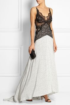 STELLA MCCARTNEY Green Carpet Challenge: guipure lace and printed silk gown €4,645 http://www.net-a-porter.com/products/517984
