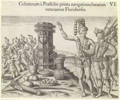 Theodor de Bry | Indianen aanbidden de zuil ter ere van de Franse koning, Theodor de Bry, Johann Theodor de Bry, , 1591 | Een groepje Indianen aanbidt de zuil die ter ere van de Franse koning opgericht is. Een groep Franse soldaten bezoekt de zuil en het stamhoofd van d Indianen laat de Westerling zien hoe goed het monument verzorgt wordt. Voor de zuil liggen fruit en granen en de zuil is versiert met bloemenkransen.