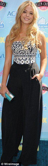 Black and white: Pretty Little Liars star Sasha Pieterse @ the Teen Choice Awards 2013