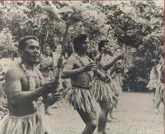 Group of Samoan men
