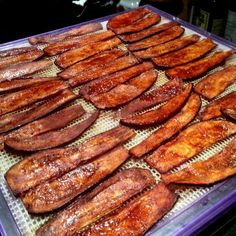 It's been a couple of years since I made Eggplant Bacon. I absolutely loved it then, so I'm not sure why I waited so long to recreate it. Easy Bacon Recipes, Raw Vegan Recipes, Vegan Foods, Whole Food Recipes, Vegetarian Recipes, Cooking Recipes, Healthy Recipes, Vegetarian Meatloaf, Marmalade