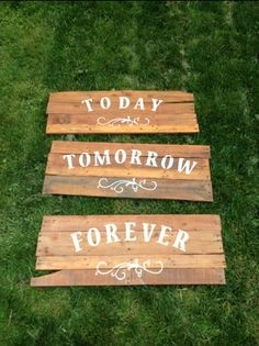 pallet sign wedding | In retrospect there are a couple of things I would have done ...