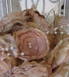 Vintage Stil Brautstrauss für Verkauf gesetzt, handgemachte Stoff Blumen…