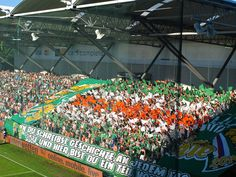 Rapid Wien - Celtic Glasgow Futbaltour.sk #futbal #fotbal #football #rapid #wien #glasgow #celtic Glasgow, Celtic, Basketball Court, Football Soccer