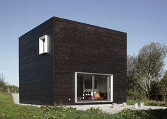 Vierkant zwart houten huis in Frankrijk   Allemaal Dingen