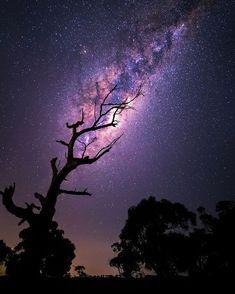 2,515 отметок «Нравится», 18 комментариев — Photos of the Stars (@photos.of.the.stars) в Instagram: «From @spaceclub | Rising Milky Way . by Tim Wood ________________________________…»
