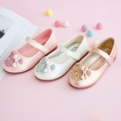 Girls Pearl Floral Pattern Solid Color Hook Loop Mary Jane Shoes is cheap, come to NewChic and buy the best kids shoes now! Flower Girl Shoes, Baby Girl Shoes, Kid Shoes, Girls Shoes, Pink Shoelaces, Shoe Image, Aesthetic Shoes, Girls Sandals, Mary Jane Shoes