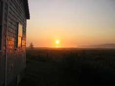 1st CHOICE! Lubec Cottage Rental: Savor Coffee As You Watch The Sun Rise Over Campobello In Your Cozy Featherbed | HomeAway
