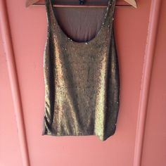 """Ann Taylor sequin tank Dark green sequin tan only on the front. Length 25.5"""" armpit to armpit: 16"""" ❌NO TRADES ❌NO TRY ON Ann Taylor Tops Tank Tops"""