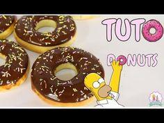 La délicieuse recette des donuts américains à cuire au four3.3 (65.54%) 112 votes Les ingrédients: Pour la pâte à donuts: 500 g. de farine 220 g. de lait 60 g. de sucre 55 g. de beurre 1 sachet de levure boulangère 1 pincée de sel 2 œufs Pour le glaçage: 200 g. de chocolat 15 … More