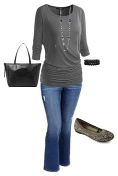 Plus size casual fall outfit Old Navy, Fall, casual, CasualChic and plussize Curvy Fashion, Look Fashion, Plus Size Fashion, Autumn Fashion, Mode Outfits, Fashion Outfits, Womens Fashion, Fashion 2017, Capri Outfits