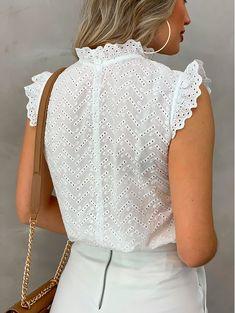 Frock Fashion, Fashion Outfits, Girl Fashion, Cute Blouses, Blouses For Women, Indian Crop Tops, Cut Up Shirts, Baby Dress Design, Fancy Tops