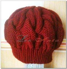 Женская шапка берет спицами с описанием