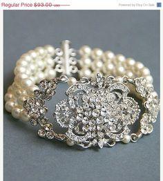 30SALE Bridal Vintage pearl bracelet by LavenderByJurgita on Etsy, $69.75