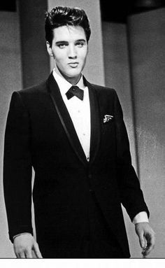 """Elvis Presley performing on the """"The Frank Sinatra Timex Special"""" (sponsored by the Timex Company). The show, also known as """"Welcome Home Elvis"""" aired nationally on ABC-TV on the evening of May Priscilla Presley, Young Elvis, Elvis Presley Young, Elvis Presley Photos, Eddie Vedder, Graceland, Chris Cornell, Old Hollywood, Hollywood Actresses"""
