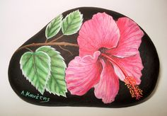 Stone Painting Flower by Lefteris Kanetis https://www.facebook.com/L.kanetis.paintedstones