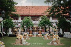 Pernikahan Tema Rustic Glam ala Andra dan Chika - owlsome (110 of 185)